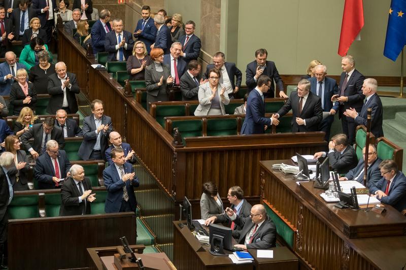 Sejm uchwalił ustawę budżetową na 2018 r.  Relacja z 56. posiedzenia Izby