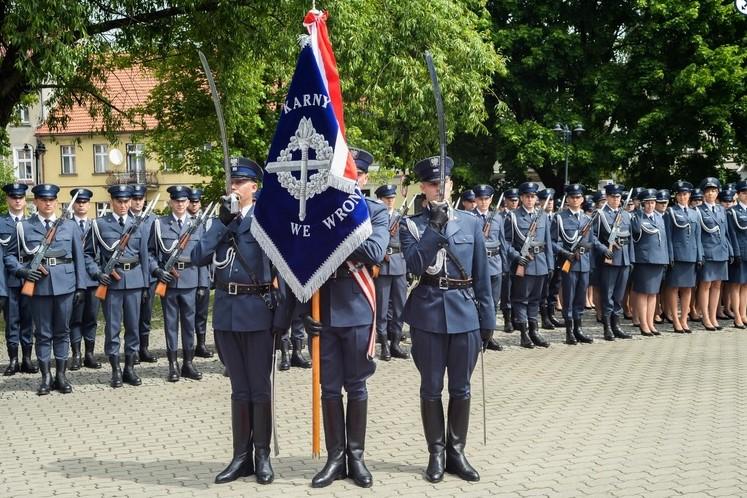 Uroczystość nadania sztandaru i jubileusz 125-lecia otwarcia kompleksu więziennego