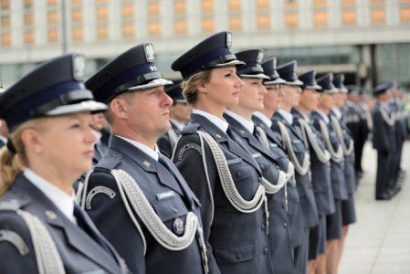 Czy zapowiedziane przez Premiera oszczędności dotkną funduszy służb mundurowych? FZZSM domaga się pilnych wyjaśnień od ministra Mariusza Kamińskiego