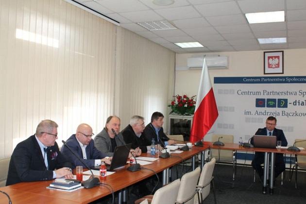 Komunikat z posiedzenia Podzespołu problemowego ds. służb mundurowych w dniu 5 marca 2018 r.