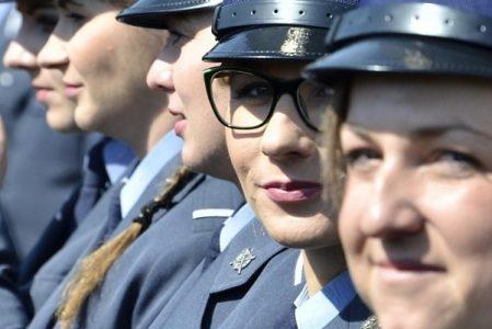 Służba Więzienna ma blisko 300 nowych oficerów. Uroczyste zakończenie szkolenia w COSSW w Kaliszu