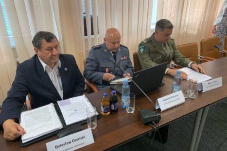 Społecznego, w którym uczestniczy przewodniczy ZG NSZZ FSG Marcin Kolasa, wiceprzewodniczący ZG NSZZ P Sławomir Koniuszy oraz Skarbnik ZG NSZZ FiPW Bolesław Groński